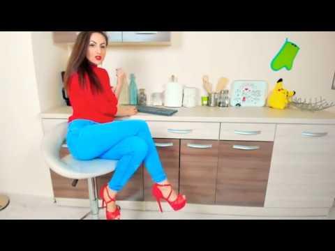 webcam girl 7642 kitchen
